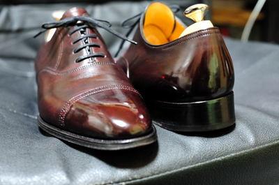 それだけに、綺麗に磨きあげたお気に入りの靴を履いて出掛ける時は気合が入りますよ!